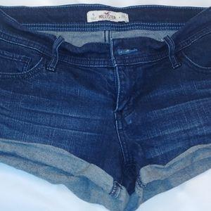 Hollister Jean Shorts...Size 5/27